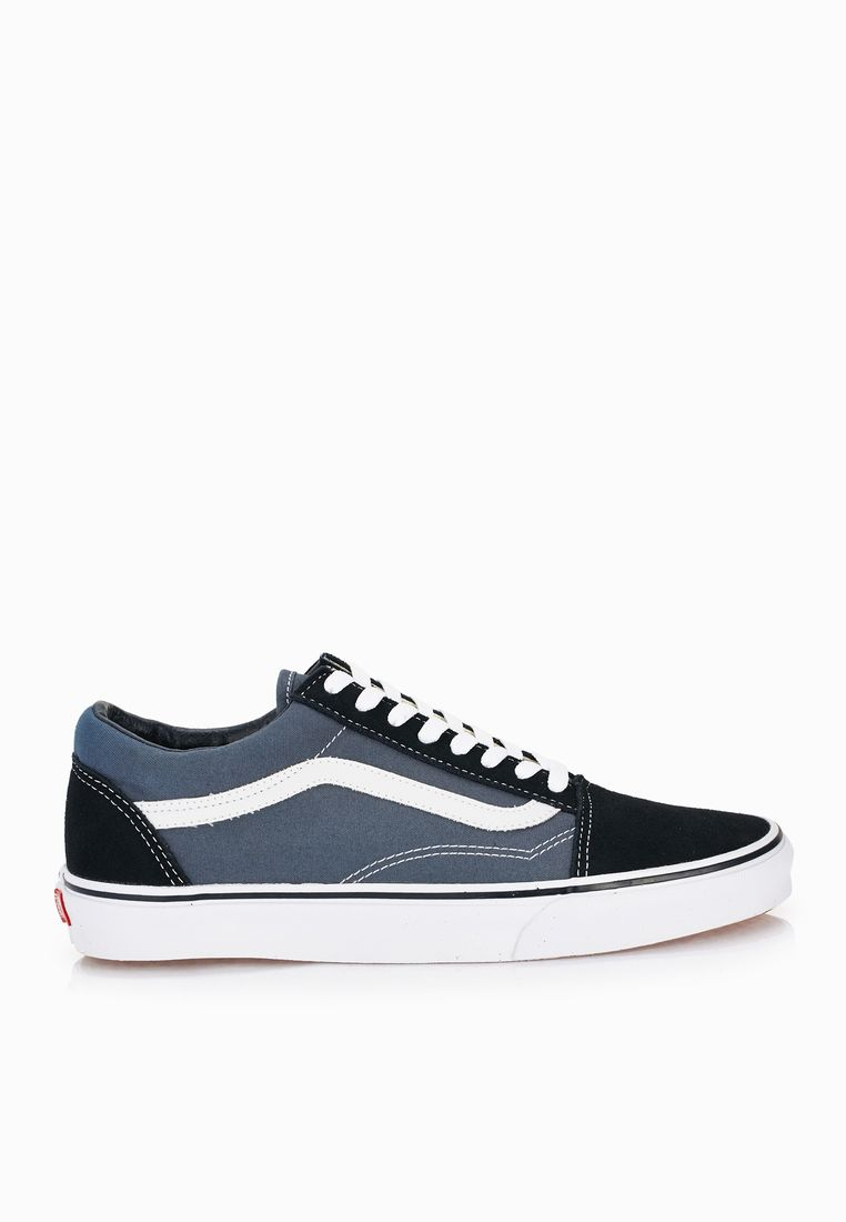 VANS//Old Skool Sneakers// 249 AED/SAR