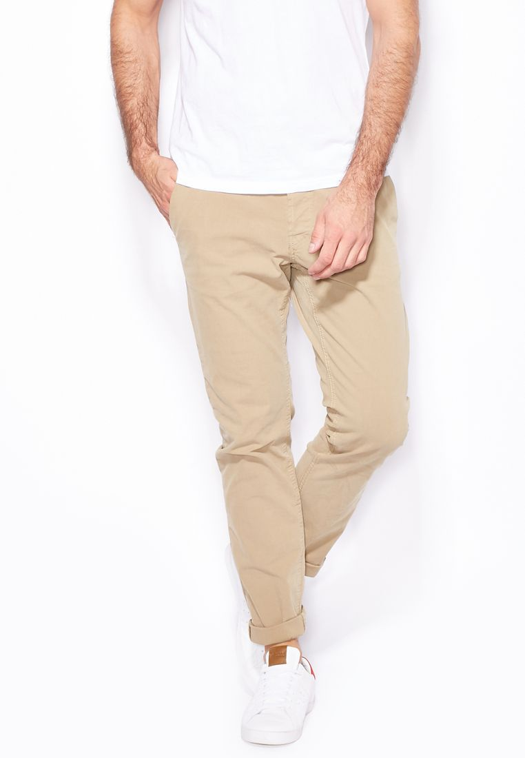 ONLY & SONS//Sharp Chinos// 180 AED/SAR