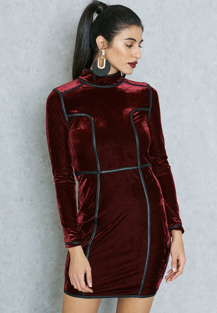 RARE//High Neck Velvet Dress//250 AED/SAR