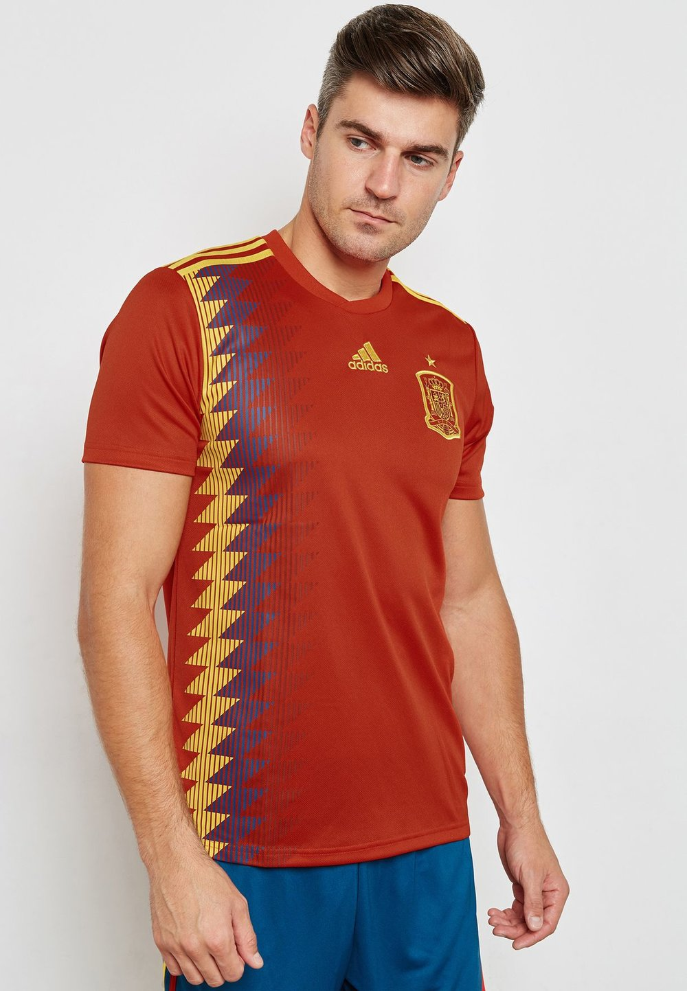 adidas  Spain home jersey  395aed/sar