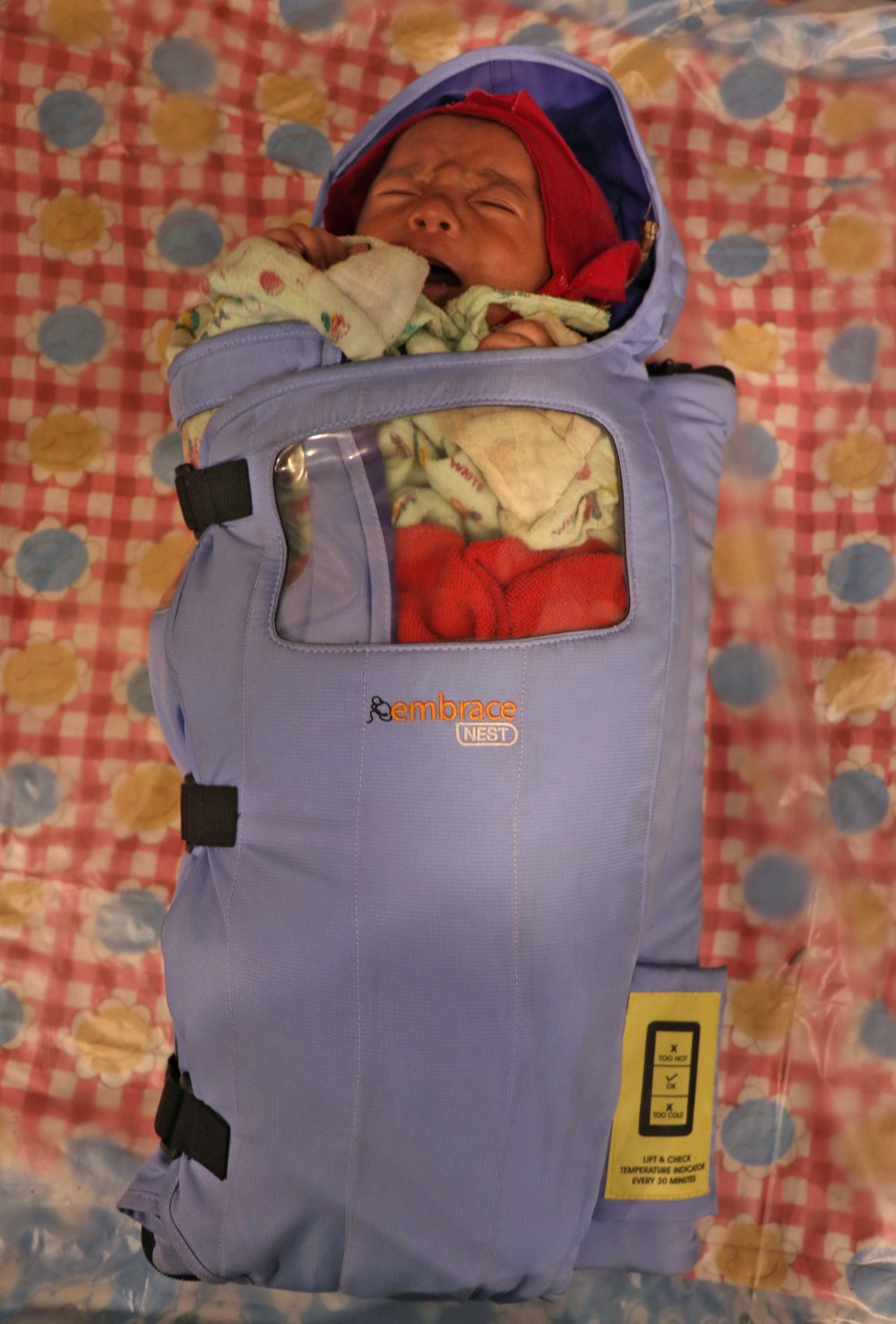 This innovative infant warmer is easy and inexpensive to transport