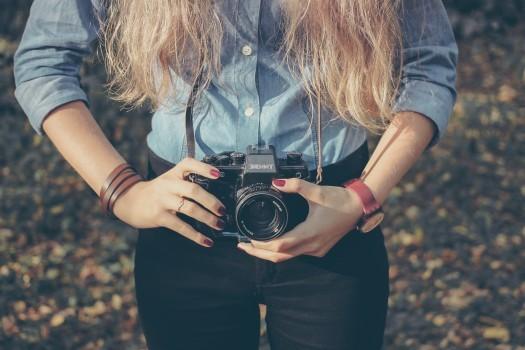 girl-woman-camera.jpg