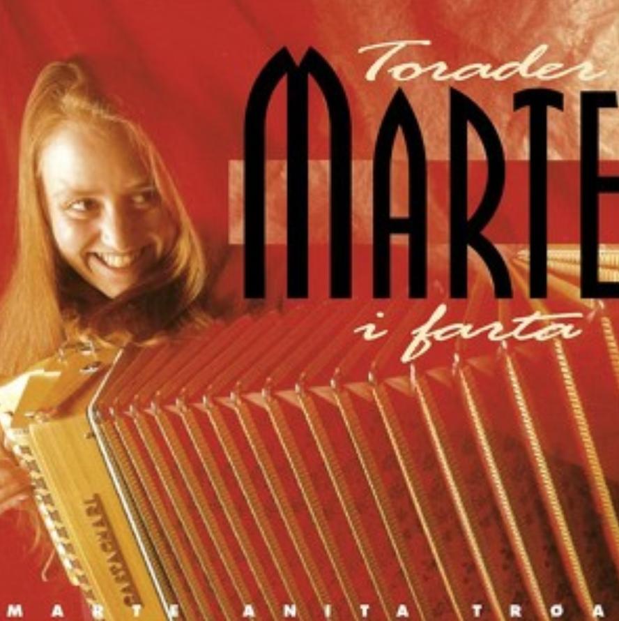 Torader Marte i farta   Ronny Kjøsen: musiker (trekkspel og synth)   Her kan du høre Torader Marte i farta på spotify