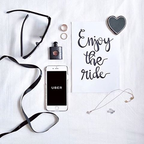 - 小週末讓自己賴床一下後再出門 Enjoy the ride 🚙 #Uber #UberTW #TakeMeThere #UberMeThere #Wednesday #dawdleinbed #workday