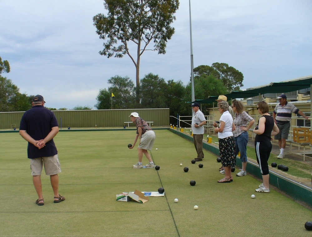 Outing Lawn Bowls March 2010 0019 (9).JPG