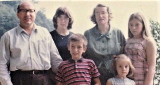 Back: Eugen, Esther, Lorna, Anna.  Front: Daniel, Erika.