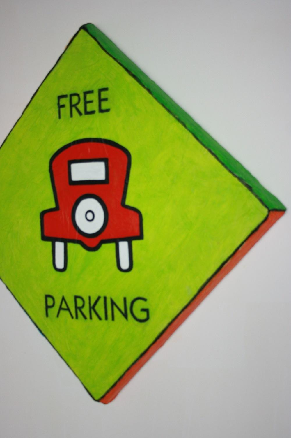 Free Parking  Detail