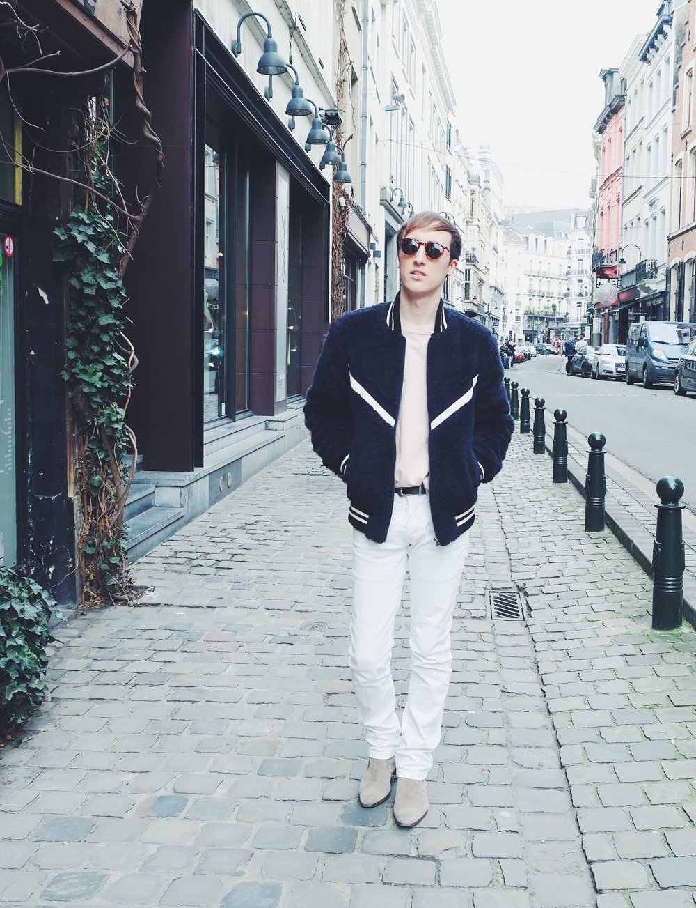 Essentiel bomber jacket - Cos sweater - Zara trousers - Zara belt - Zign boots via Zalando - Asos sunglasses