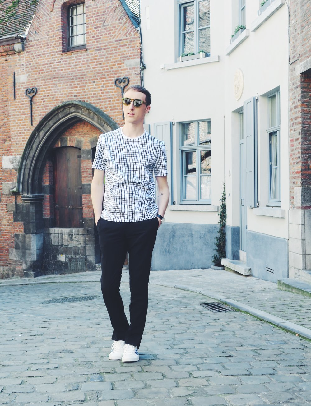 Cos t-shirt - H&M Studio trousers - Zara sneakers - Komono sunglasses