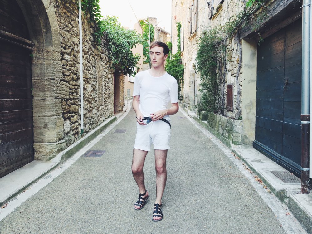 Essentiel t-shirt - Topman shorts - Asos belt - Zara sandals - Komono sunglasses