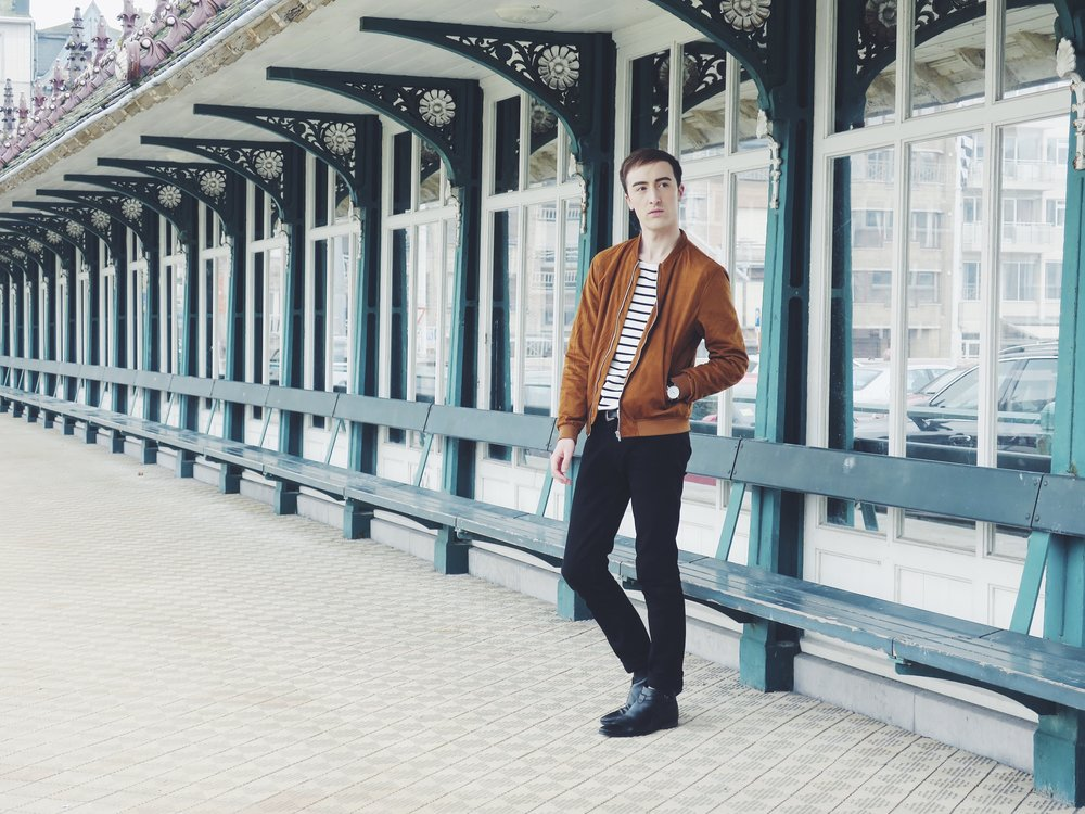 Zara jacket - Cos sweater - Calvin Klein Jeans trousers - Sacha shoes - Komono watch