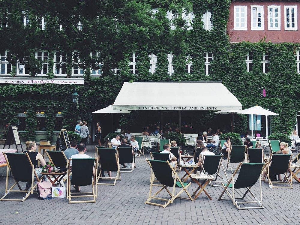 Teestübchen, Ballhofplatz 2