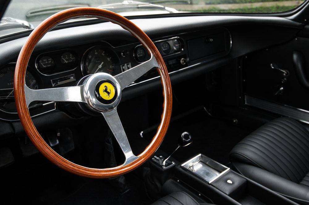 Ferrari_275_042.jpg