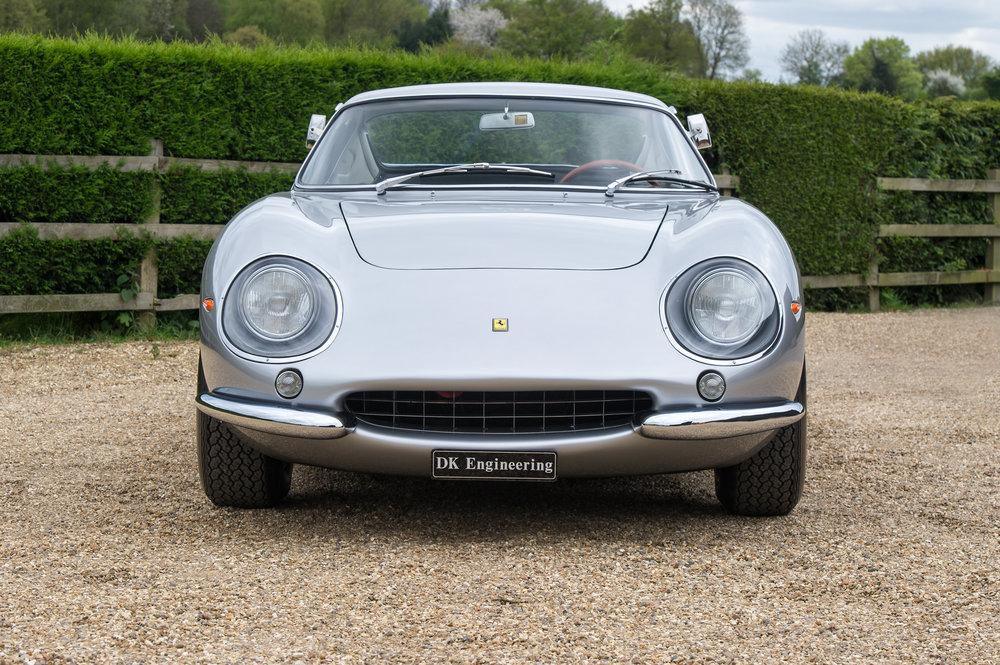 Ferrari_275_061.jpg