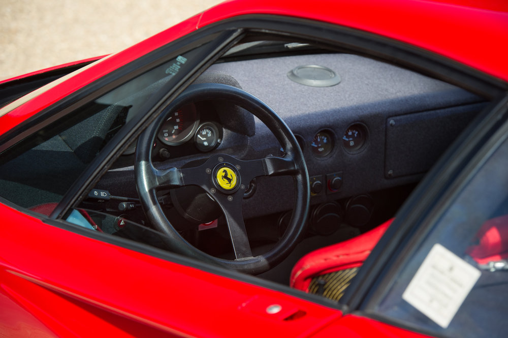 Ferrari F40 (27).jpg