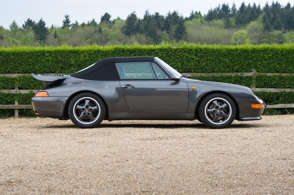 Porsche_993_cabriolet_1.jpg