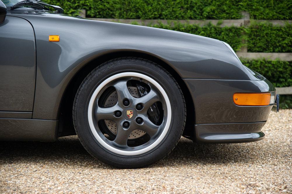 Porsche_993_cabriolet_4.jpg