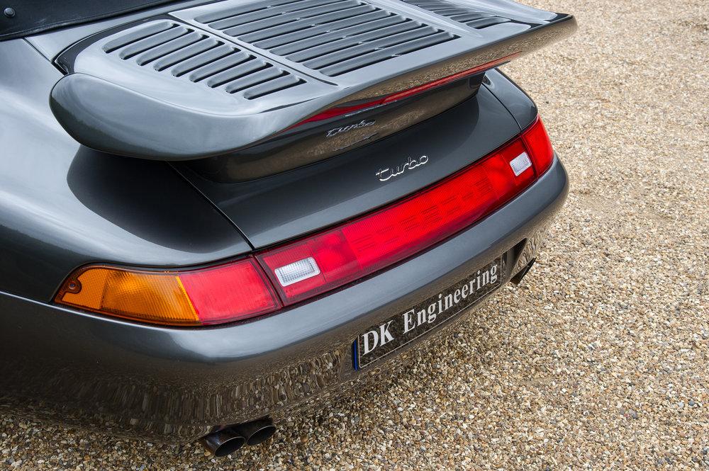 Porsche_993_cabriolet_6.jpg