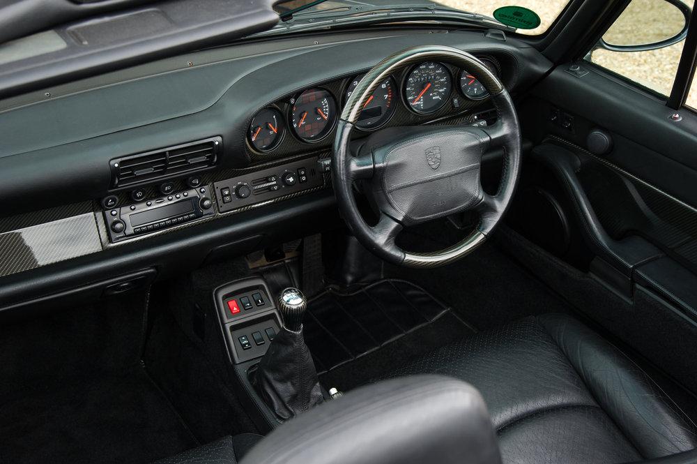 Porsche_993_cabriolet_10.jpg