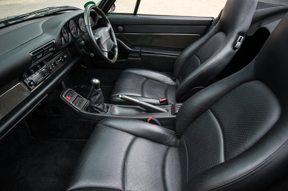 Porsche_993_cabriolet_16.jpg