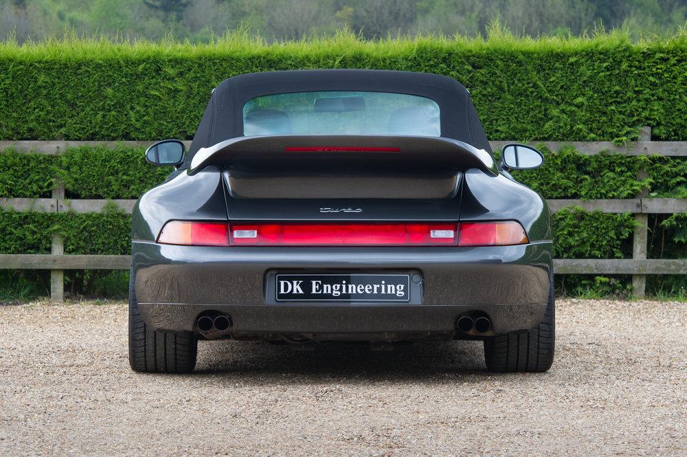 Porsche_993_cabriolet_21.jpg