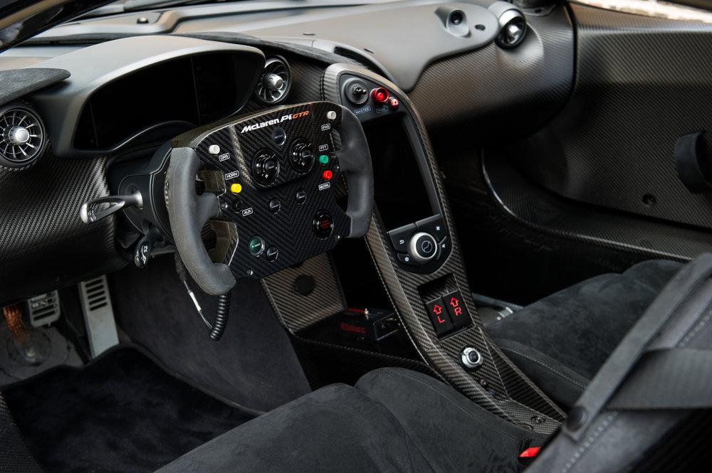 McLaren_P1GTR_11.jpg