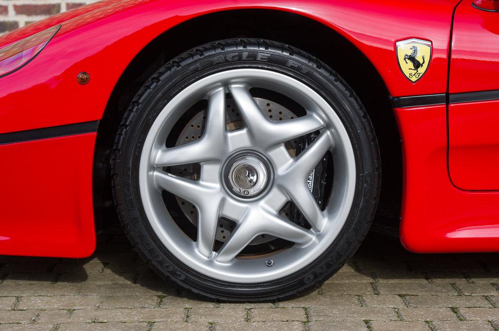 Ferrari_F50_6.jpg