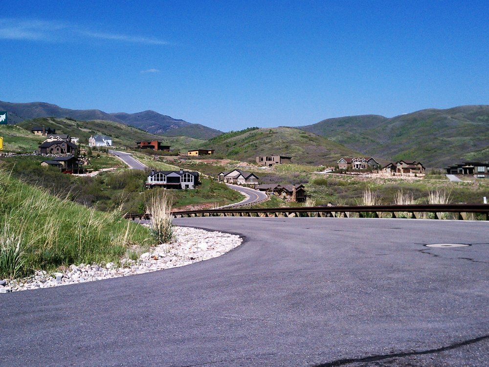 Low density housing in Emigration Canyon Township. Photo by Todd A. Draper.