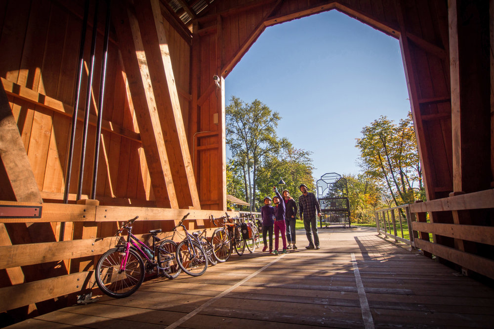 COVERED BRIDGES SCENIC BIKEWAY. PHOTO BY RUSS ROCA.