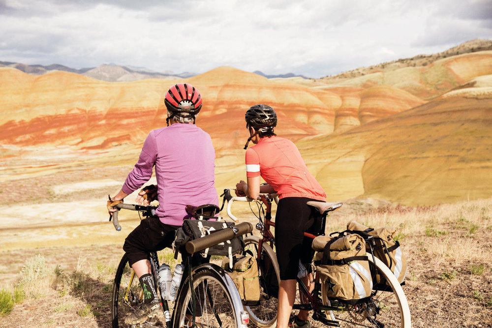 PAINTED HILLS SCENIC BIKEWAY. PHOTO COURTESY OF OREGON PARKS AND RECREATION DEPARTMENT.