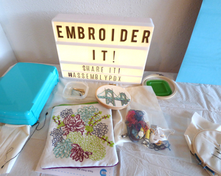 embroidery_sign