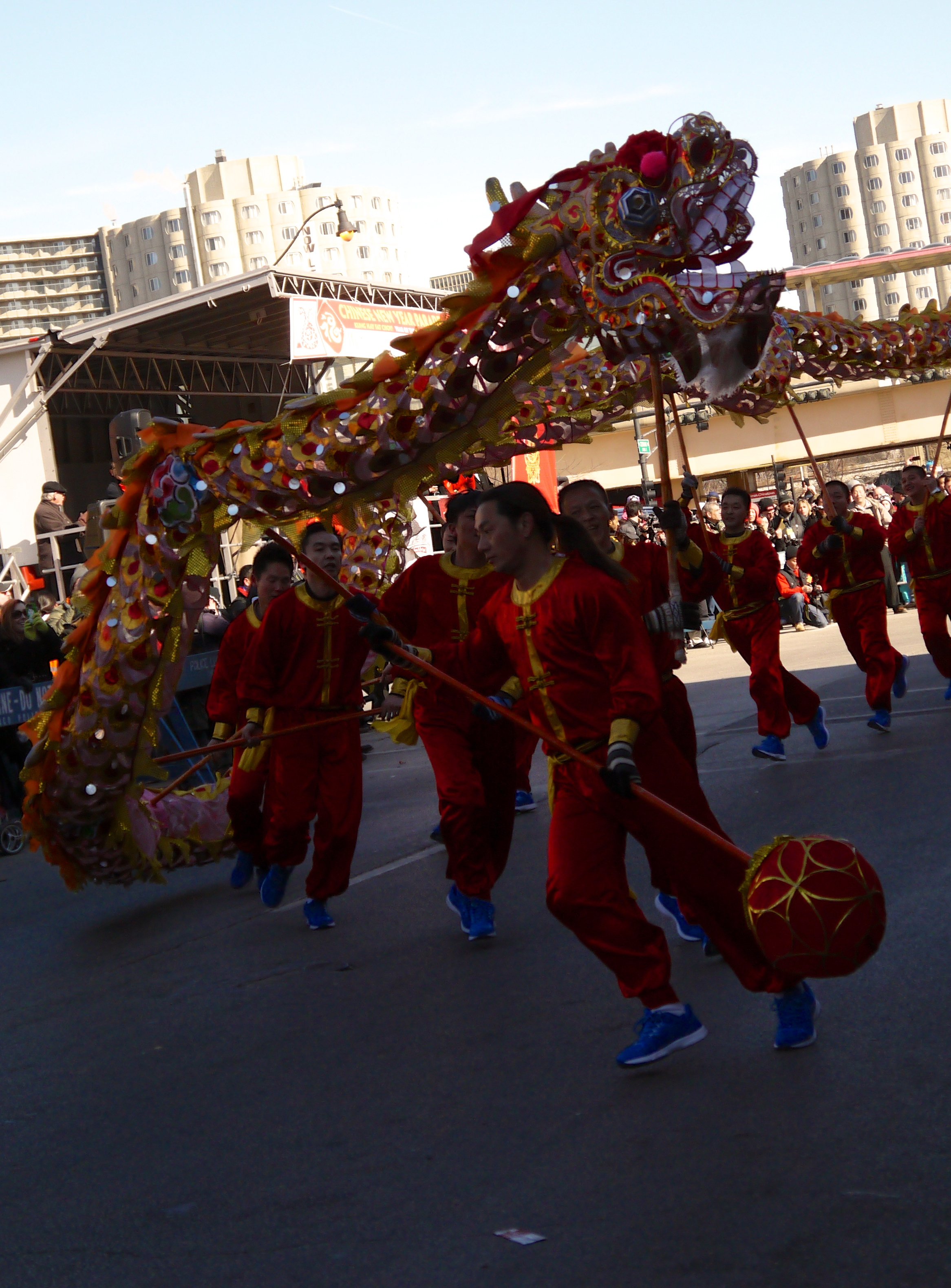 P1030615 Dragon dancers