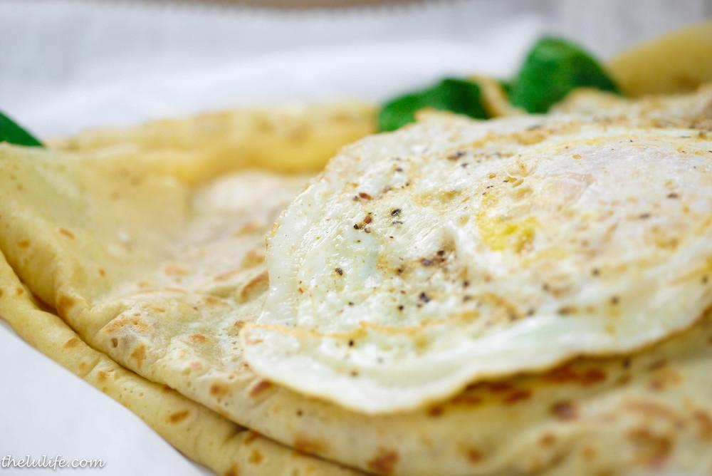 Figure 3. Turkey, spinach, artichoke, cheese and fried egg crêpe