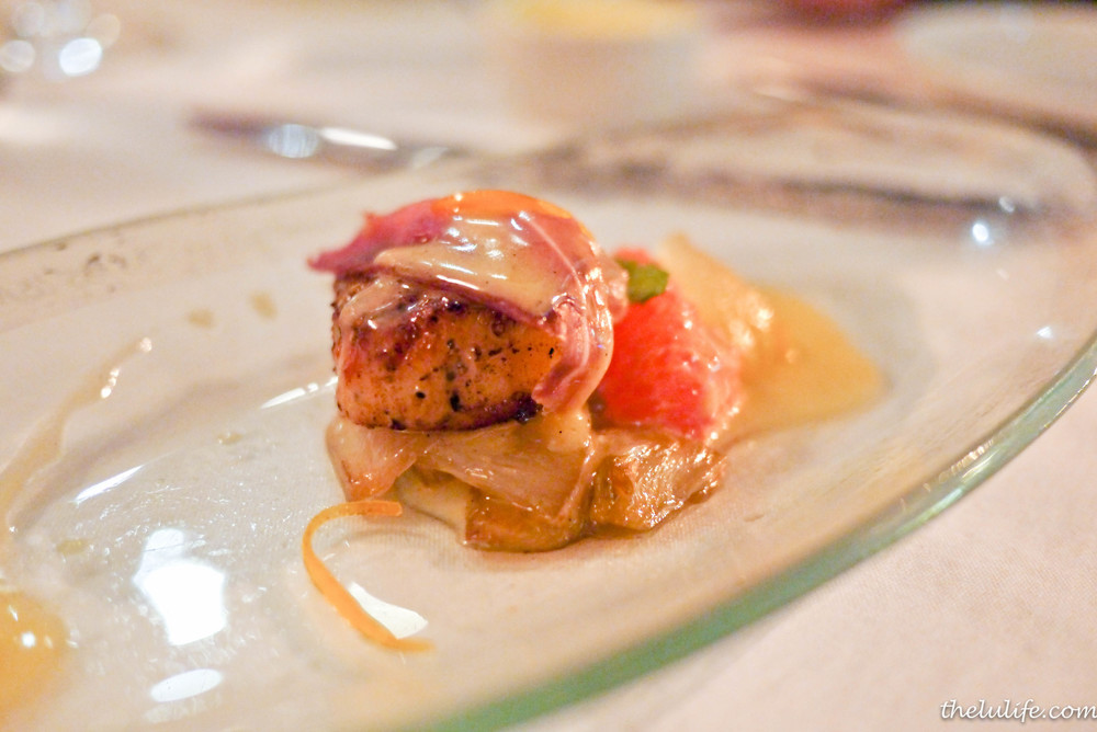 Diver scallop with prosciutto, grapefruit, endives and vanilla sauce