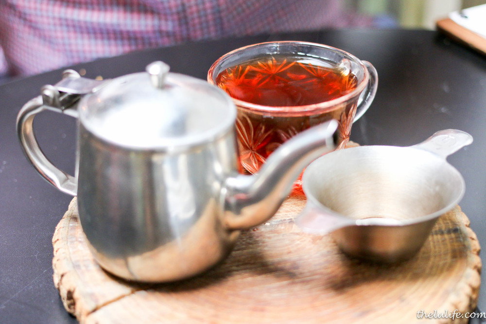 Good earth - vanilla complements puerh tea's cocoa-like sweet, earthy richness with a cinnamon kiss and notes of chocolate
