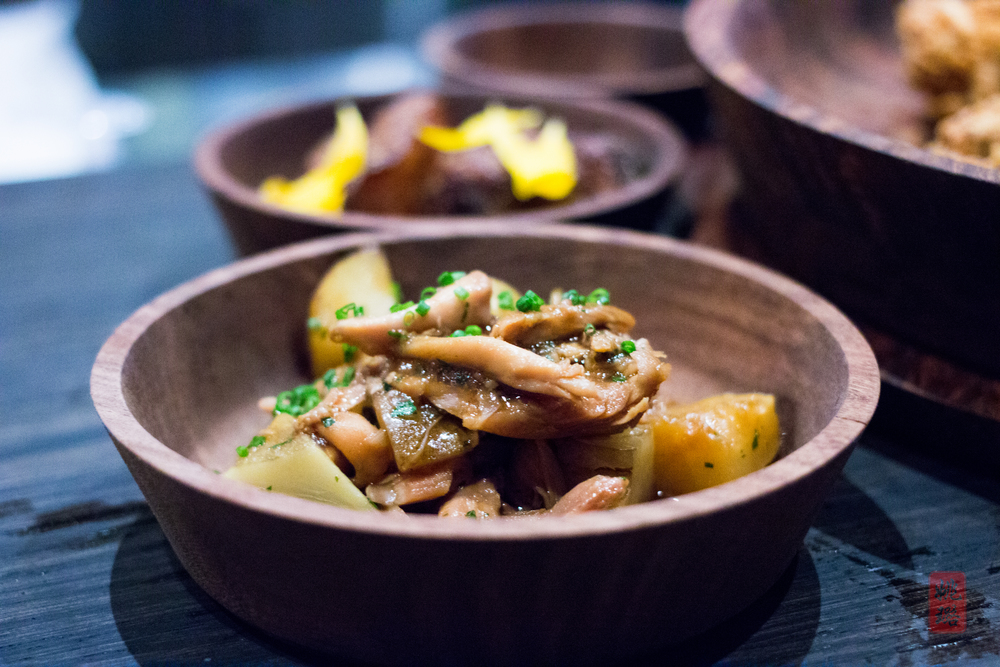 Close up of the braised chicken with sunchokes