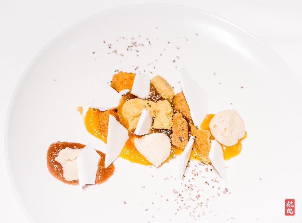 IMG_8418 Cookies (mustard, tumeric, truffle) with Li Guang apricot jam.jpg