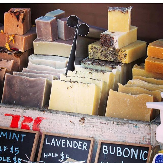 Are you ready to shop with some great local vendors from the Glenville and Cleveland area? Among our list is the fantastic @barrsbarsltd organic soaps, making the whole event smell amazing. Join us this Sunday on 105th!