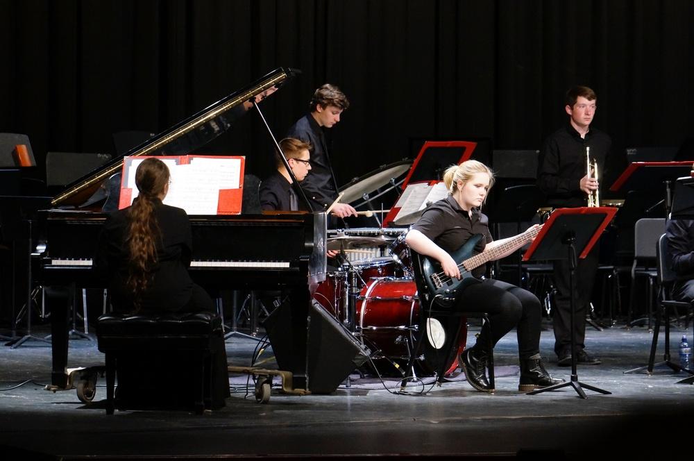 Jazz Ensemble II, director Nate Weiss