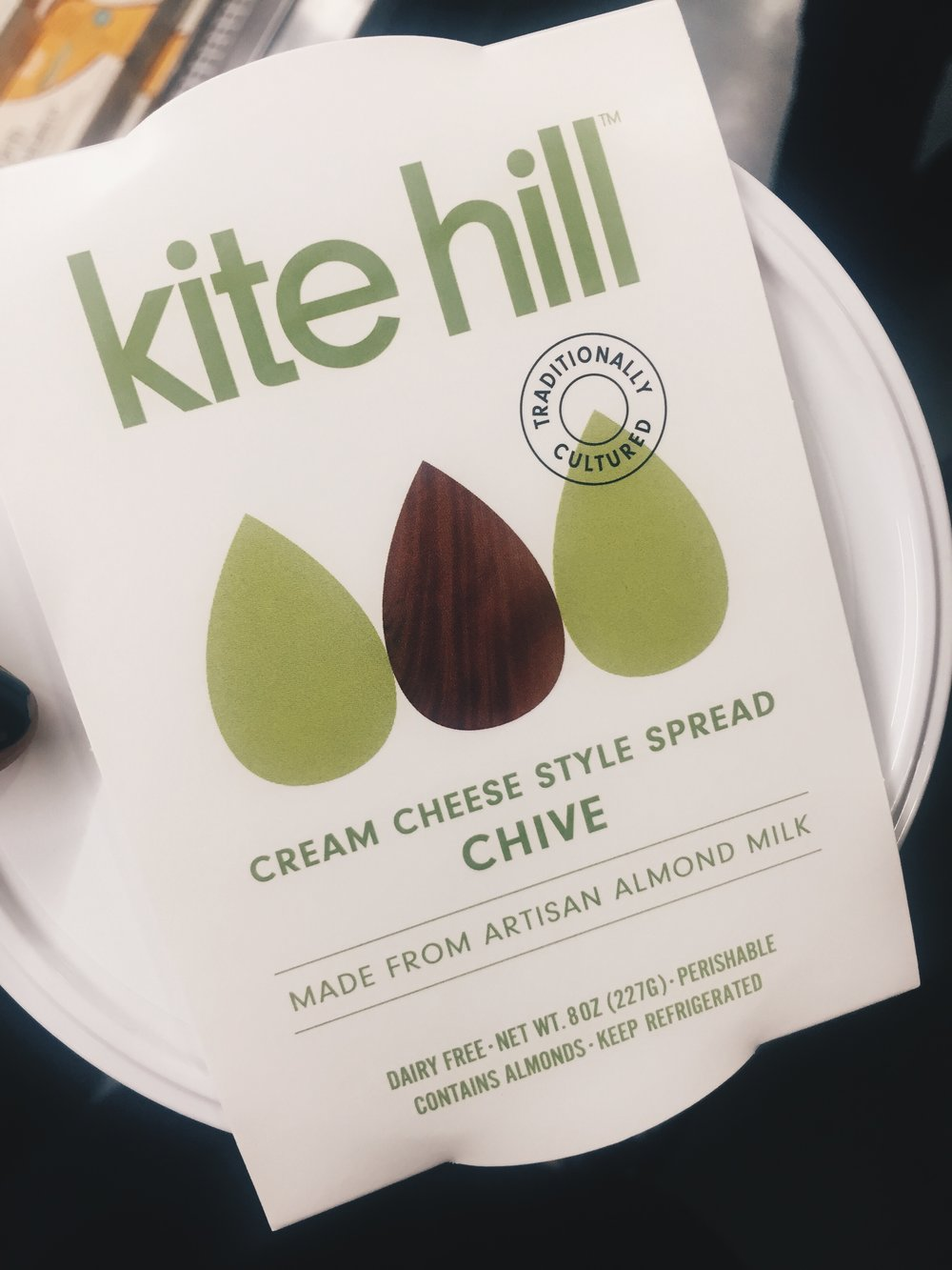 """if you have any issues w dairy GET THIS BRAND. i LOVE cream cheese but it's on the naughty list for now so this is the ultimate """"trick your mind"""" alternative. tastes amazing and made from almonds. what a time to be alive. read their story  here !!"""