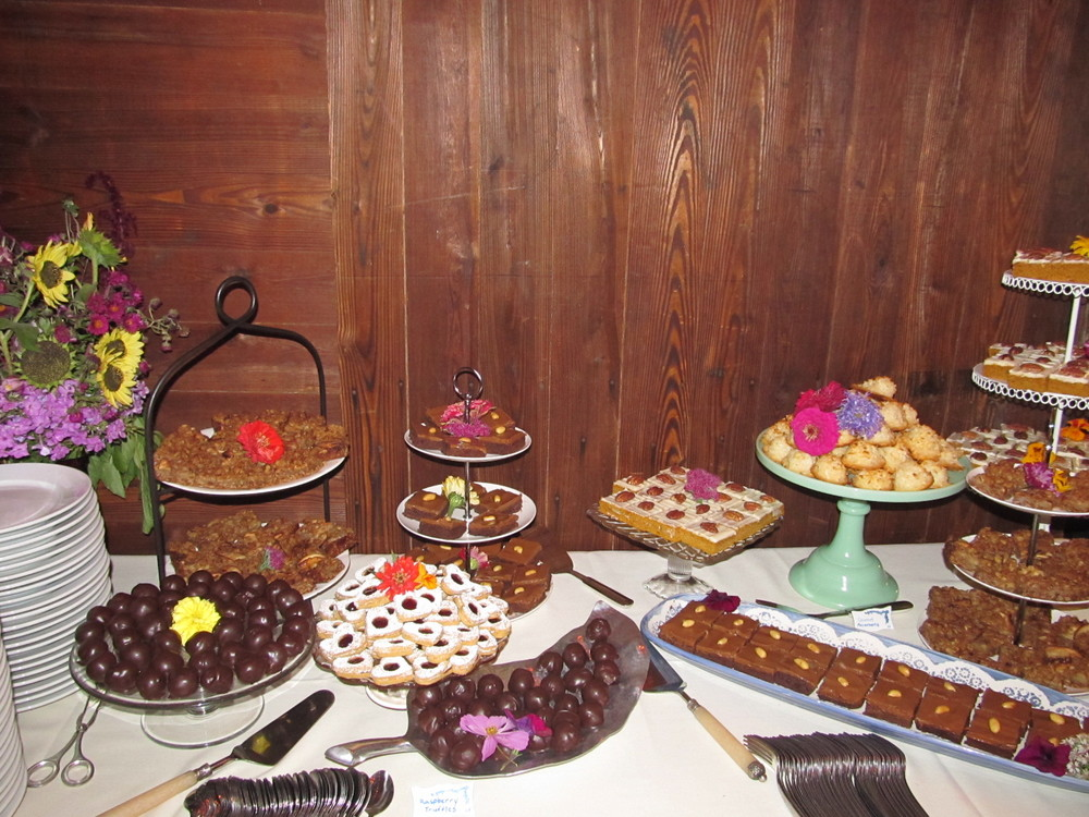 Anne's Sweets Table.JPG