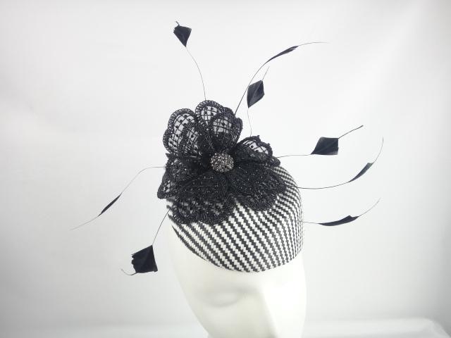 lily-tocados-sombrero.JPG
