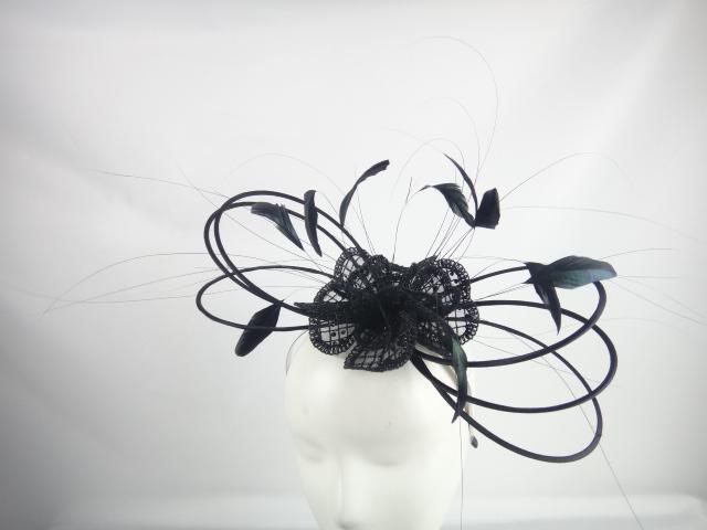 lily-tocados-plumas-negras.JPG