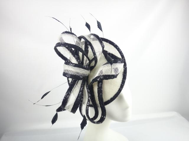 lily-tocado-negro-blanco.JPG