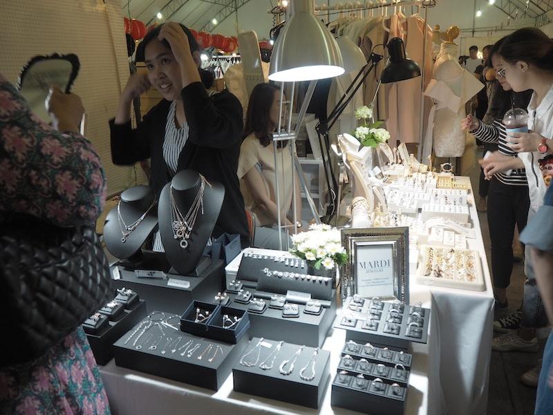 emprendedores-moda-tailandesa-mardijewerly-joyas.JPG