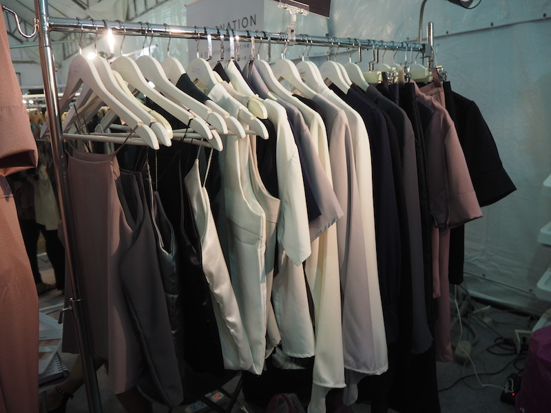 emprendedores-ropa-tailandesa-pin22-ropa.JPG