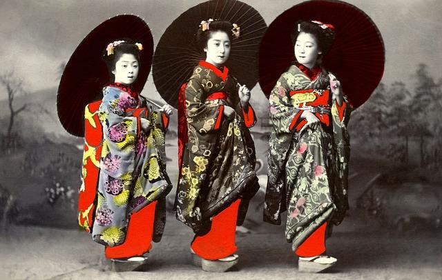 Imagen de sandalias japonesas modelo okobo
