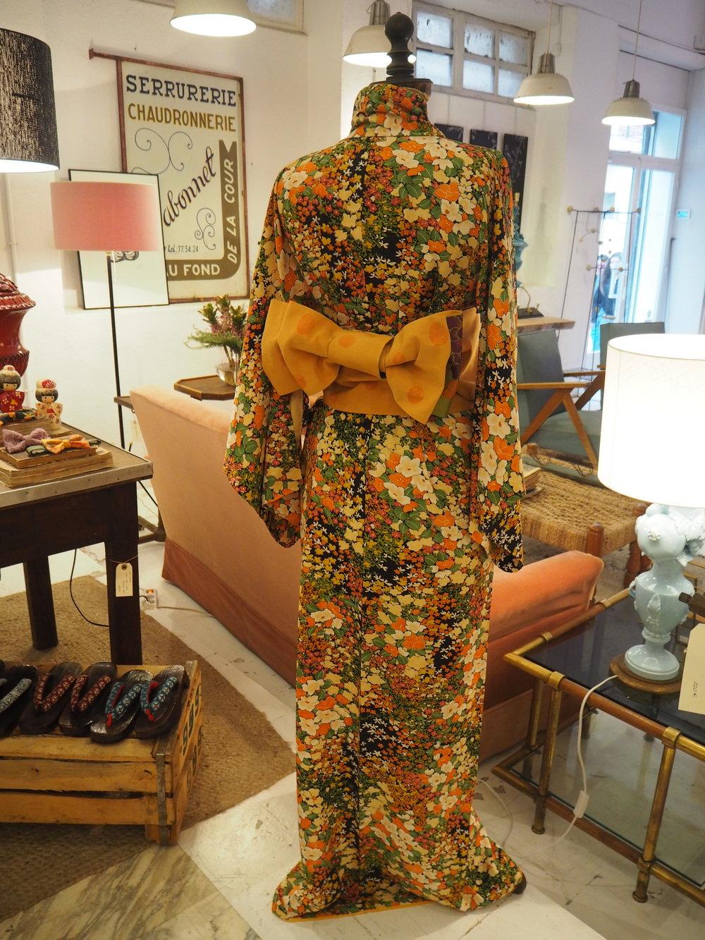 Vista de kimono largo