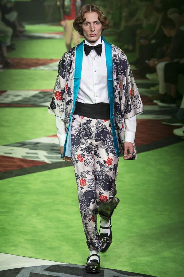 kimono-hombre-gucci.jpg
