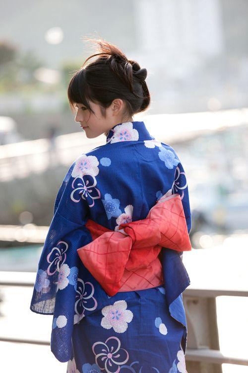 yukata-hombre-mujer-lazo.jpg